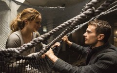 Divergent falls flat in movie adaption