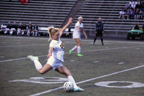 Girls Varsity soccer kicking off the season