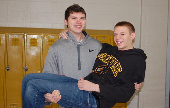 OHS bowlers win local scholarship