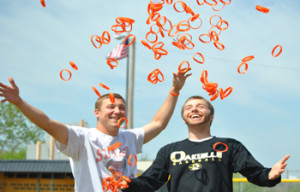 Baseball rivals compete for a cause