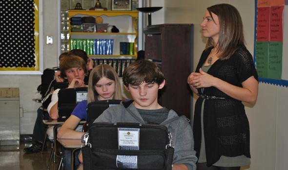 English I classroom gets laptops