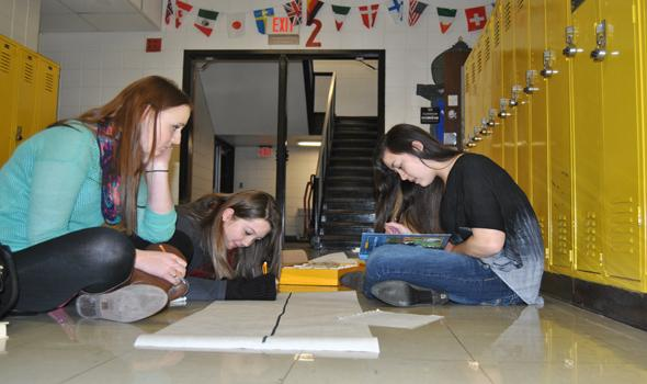 Students learn despite combined French classes