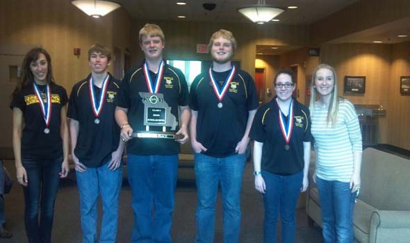 Quiz bowl goes to state