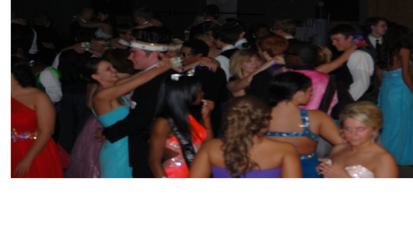 Class of '13 plays cards right at Prom