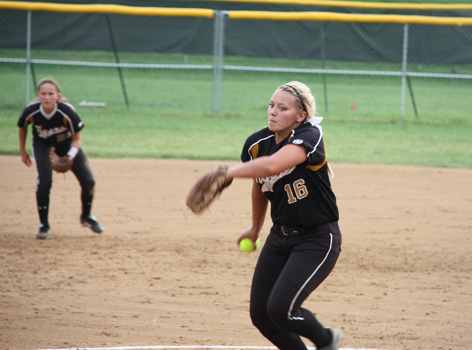 Softball impresses in first tournament