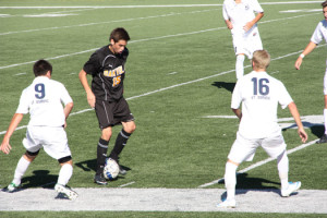 Boys soccer suffers disappointing loss in tournament championship game
