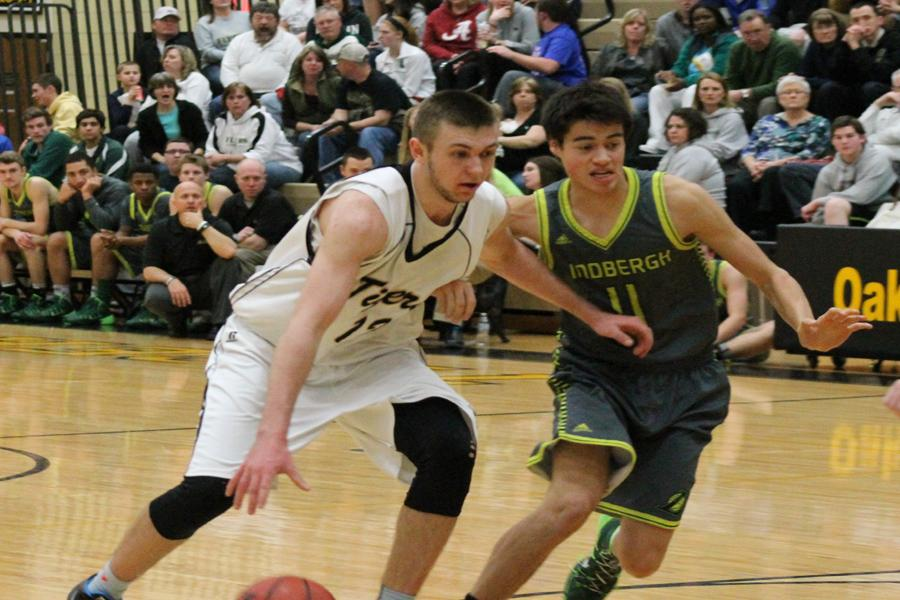 Tigers defeat Lindbergh on chaotic night