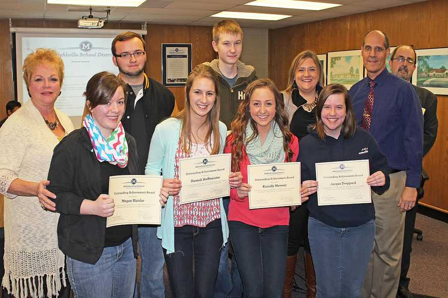 Journalism students get recognized by the Mehlville School District Board.
