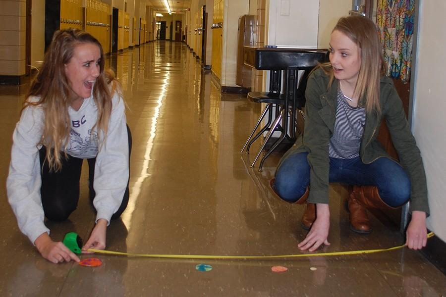 Students+measure+the+distance+between+two+planets.