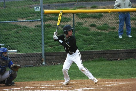 Varsity baseball beats Seckman in defensive game