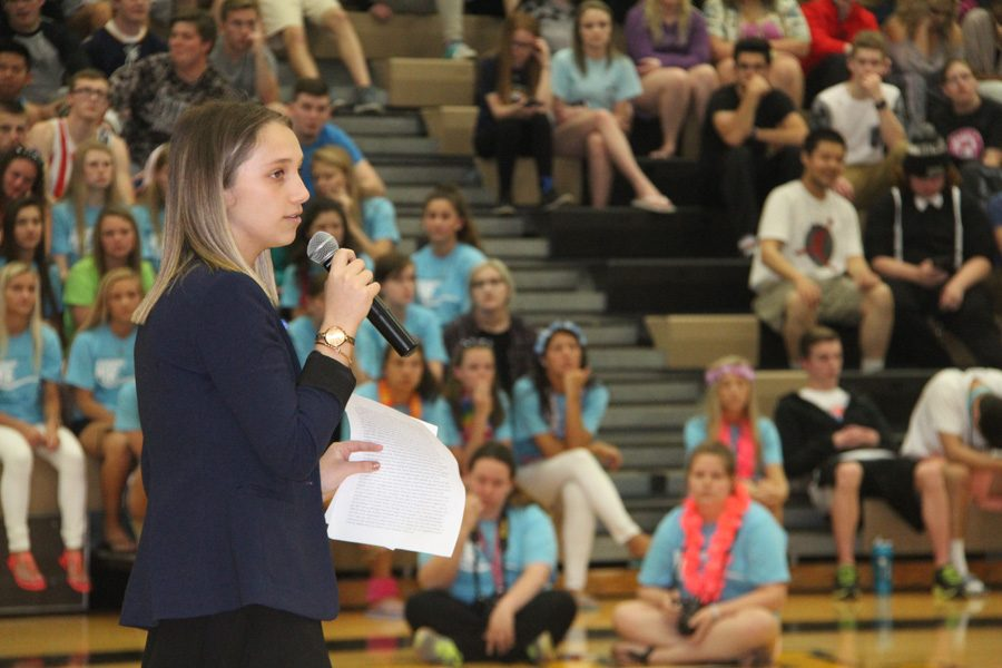 Shayla+Hrchic%2C+2016-2017+Student+Body+President%2C+gives+her+speech+at+the+Mr.+OHS+assembly.