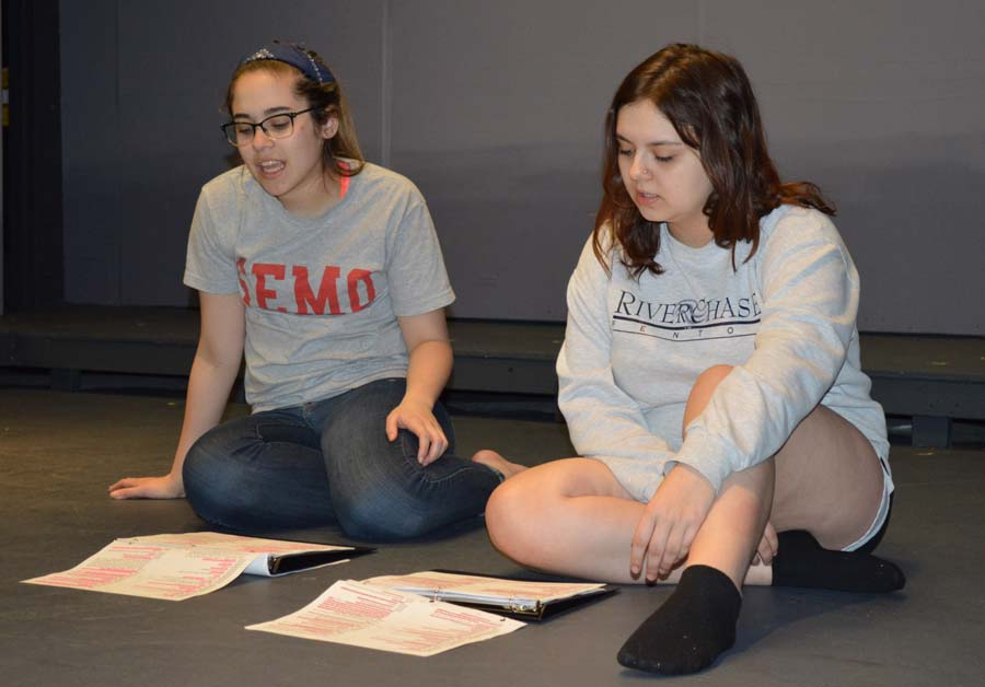 Keri McFarland (12) and Allison Harvey (12) rehearse for their one act plays during theatre workshop class.