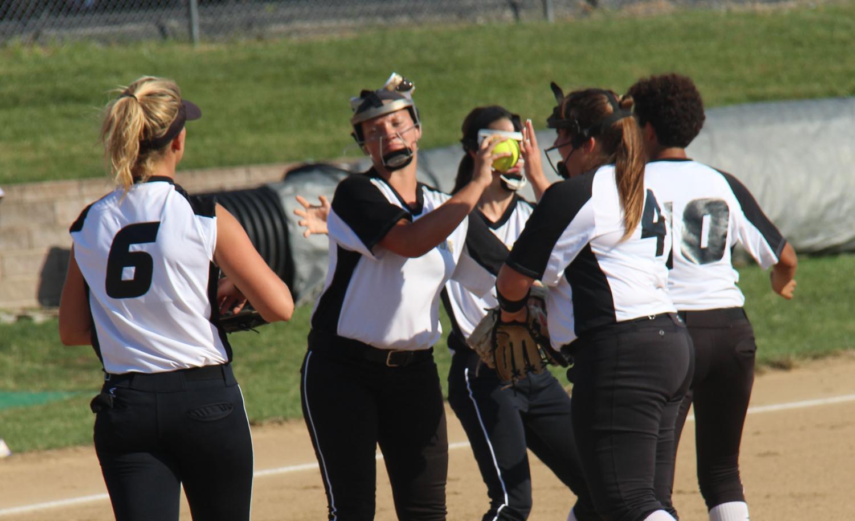 The Varsity girls celebrate their win against Seckman High School on Sept. 20.