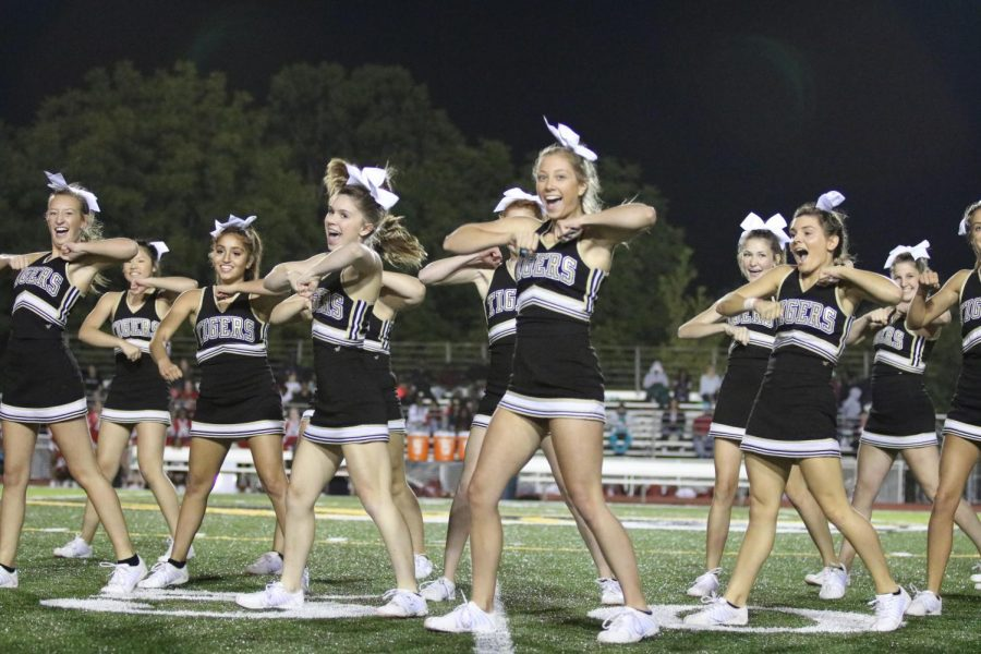 Cheerleaders+performing+at+an+OHS+football+game.