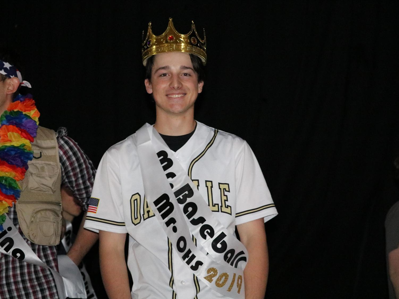 Thomas Purschke (12) wins Mr. OHS