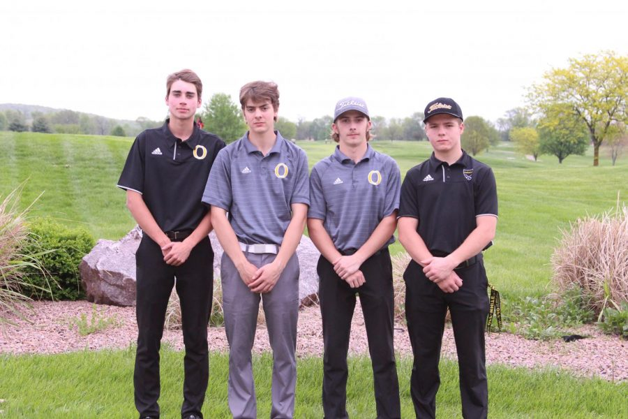 James+Drennan+%2811%29%2C+Oliver+Right+%2811%29%2C+Andrew+Ellis+%2811%29+and+Travis+Herrick+%2811%29+make+sectionals+at+Crown+Pointe+Golf+Course+on+April+29.+