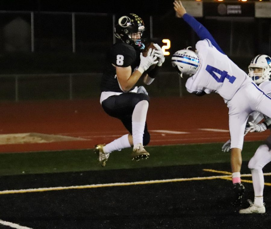 Joey Rounds (11) attempts to catch the potential game tying touchdown in the final minute of the 2019 homecoming game.